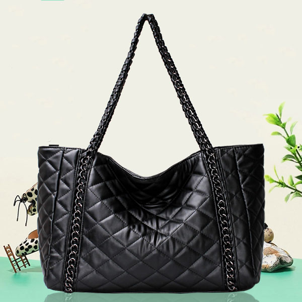 Diamond Pattern Chain Shoulder Bag Handbag